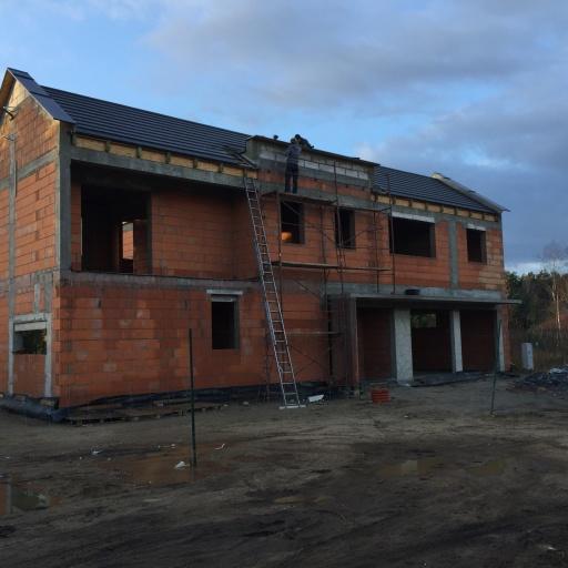 Dom Jednorodzinny Lusowo Budowa
