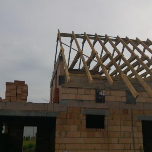 Dom Jednorodzinny Lusowo Zielna w Trakcie Budowy Dachu