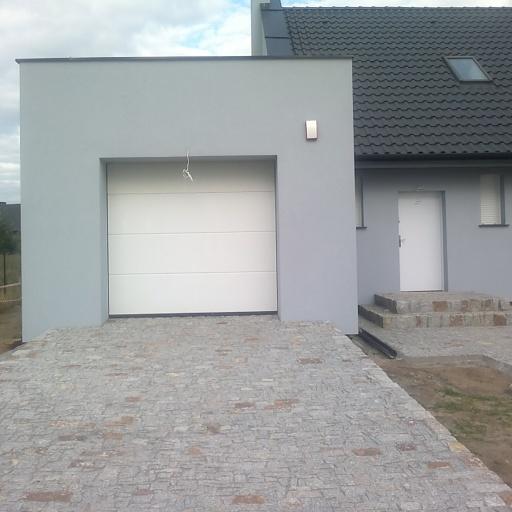 Dom Jednorodzinny Więckowice Garaż