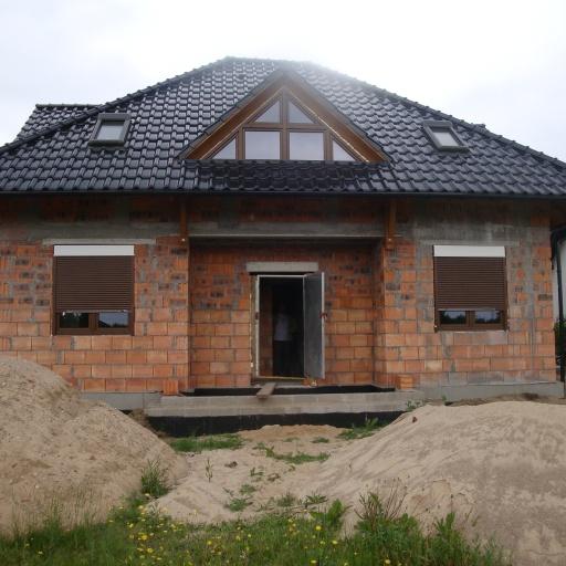 Dom jednorodzinny Skoki Front w Trakcie Budowy