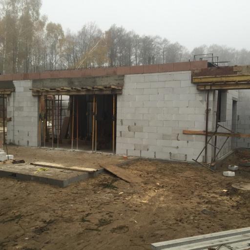 Dom Jednorodzinny Mościenica Budowa Widok na Front