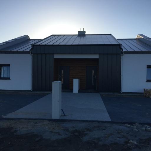 Dom Jednorodzinny Dwulokalowy ul. Słoneczna Siekierki Wielkie w Trakcie Budowy