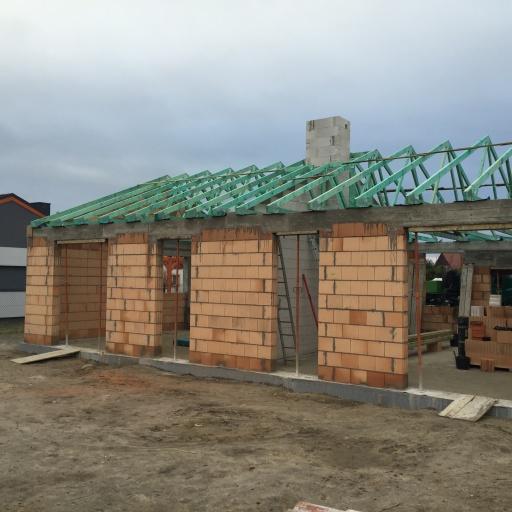 Bliźniak w Gaworzewie W Trakcie Budowy Dachu
