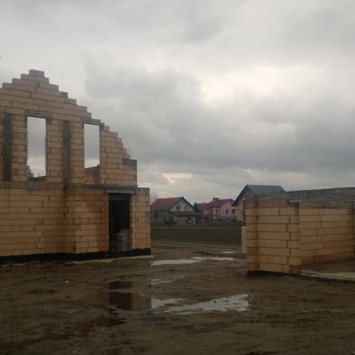 Dom Jednorodzinny Smugi, Buk pod Poznaniem W Trakcie Budowy